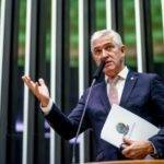"""Deputado Milton Vieira quer acabar com a chamada """"indústria de multas"""" no país"""