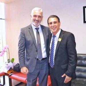 Milton Vieira recebe visita do deputado estadual Sebastião Santos em Brasília 3
