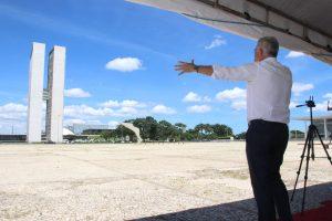 Milton Vieira participa em Brasília de vigília de oração pelo Brasil 8