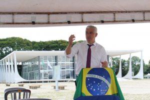 Milton Vieira participa em Brasília de vigília de oração pelo Brasil 4