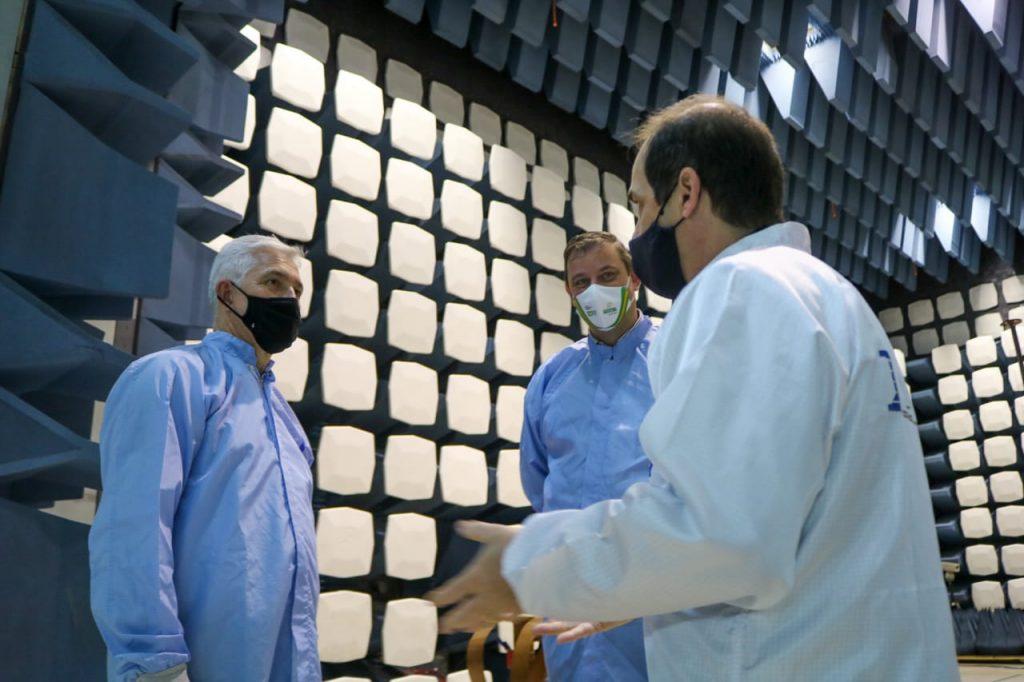Milton Vieira visita o INPE para tratar do não desligamento do supercomputador Tupã