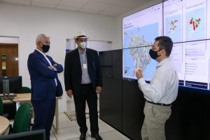 Milton Vieira visita o INPE para tratar do não desligamento do supercomputador Tupã 11